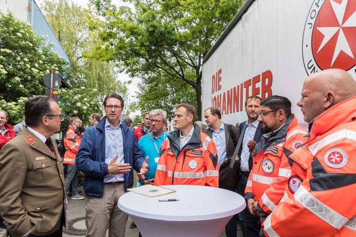 """Johanniter-Unfall-Hilfe wird Sicherheitspartner der """"Aktion Abbiegeassistent"""" von Bundesminister Andreas Scheuer"""