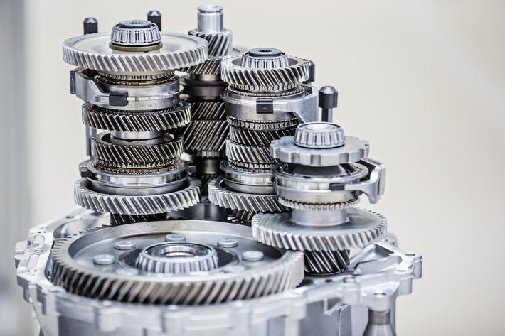 SKODA AUTO produziert 12-millionstes Getriebe der aktuellen Generation