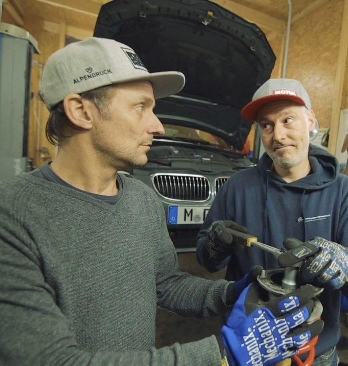 """image 1 115 696x732 - KÜS: """"Roots Racing"""" alias Tim Schrick und Luke Gavris neu bei KÜS Media / Schrauber-Tipps, Talkrunden, interessante Videos aus dem Bereich Motorsport mit hohem Spaßfaktor"""