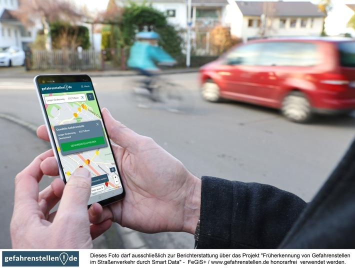 Über 60% der Deutschen treffen täglich auf Gefahrenstellen – jetzt andere Verkehrsteilnehmer warnen und Unfall-Vorhersagen verbessern