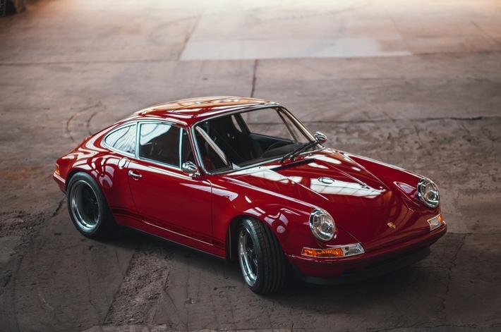 Porsche-Umbau von Mletzko für mehr als 600.000 Euro Ein Porsche der Baureihe 964 in der Optik eines F-Modells mit neu designten Karbonteilen, 4,0l-Motor mit 369 PS und 1.145 kg – made in Osnabrück