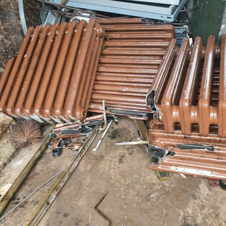 Schrottabholung Aachen – Schwere Teile oft schwer zu transportieren die Besatzung kümmert sich um alles