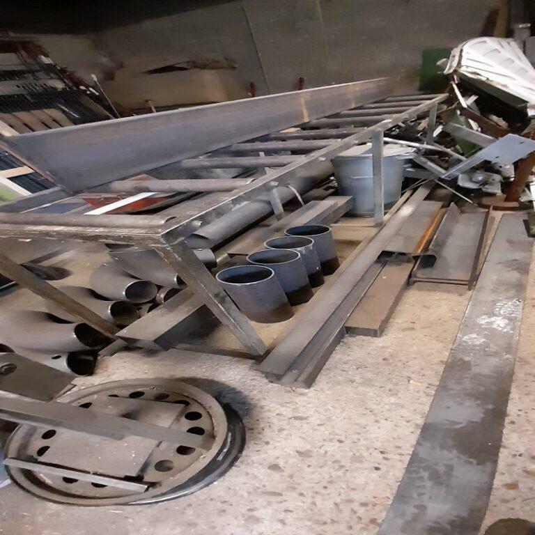 Unsere Schrotthändler haben auch Erfahrung in der Montage und Demontage in Köln