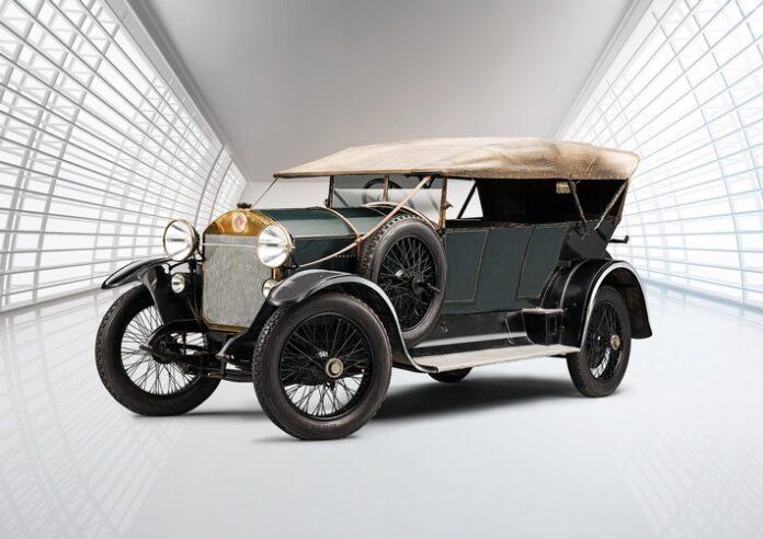 image 1 41 696x492 - Laurin & Klement RK/M (1921): Lieblingsmodell des Rennfahrers Sascha Graf Kolowrat-Krakowsky