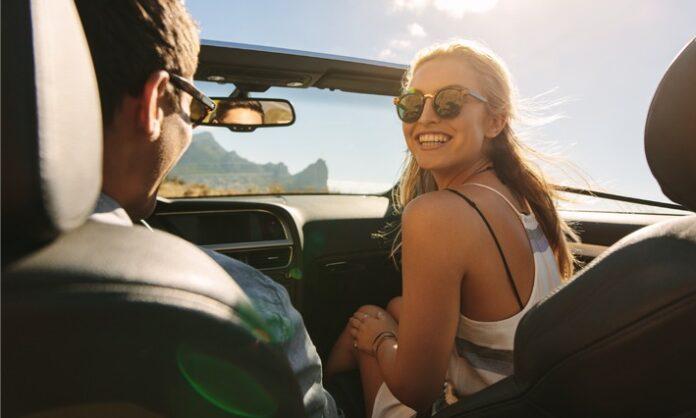 image 1 128 696x418 - Cabriofahren 2021: Die richtige Absicherung, damit oben offen so richtig Spaß macht