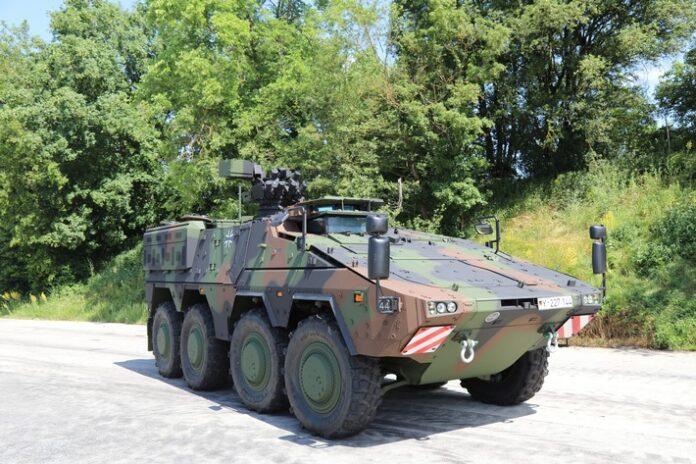 image 1 142 696x464 - Letzter Boxer rollt vom Band Auslieferung des Transportfahrzeugs für die Bundeswehr abgeschlossen
