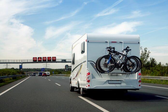 image 1 46 696x464 - Verkehrskontrollen auf Autobahnen: So werden Gasflaschen im Wohnmobil oder Wohnwagen richtig transportiert