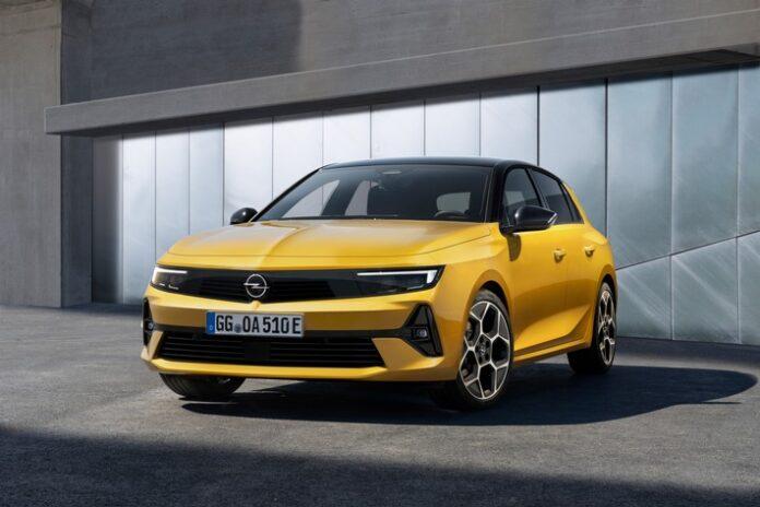 image 1 79 696x464 - Der Opel Astra fährt in eine neue Ära: Elektrifiziert, effizient und aufsehenerregend