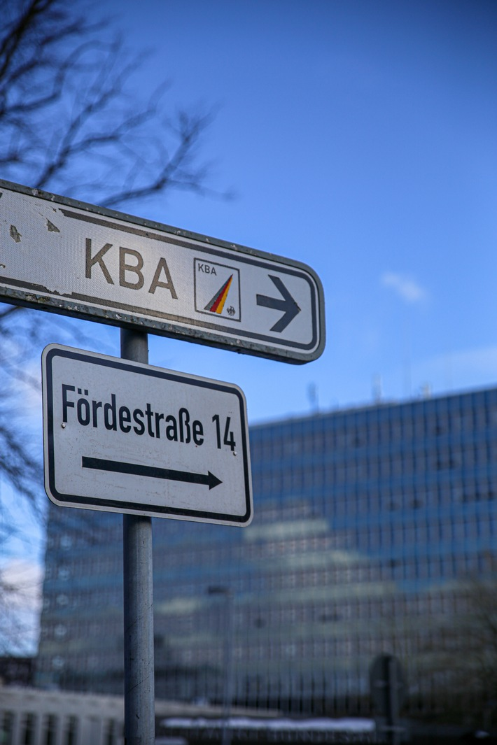 Anwälte setzen Kraftfahrtbundesamt unter Druck / Was weiß das KBA über die Intrigen bei Iveco und Fiat?